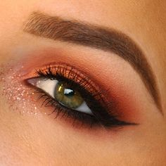 day 14 of 😊 brows are brow wiz and dip brow in soft brown. eyeshadows are soft brown, brown script, red brick, and coppering. glitter is by mac as well. Dip Brow, Travel Humor, Brown Brown, Red Bricks, Mac Products, Beauty Products, The Wiz, Eyeshadows, Celebrity Weddings