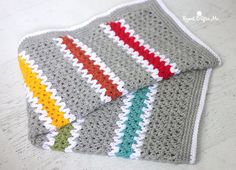 Crochet V-stitch Rainbow Blanket - Repeat Crafter Me