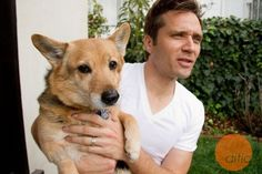 star Seamus Dever at home with a buddy. Seamus Dever, Army Wives, General Hospital, Man Beast, Cute Guys, Detective, Actors & Actresses, Cute Pictures, Avengers