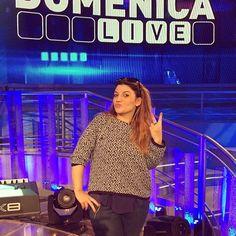 #BarbaraDUrso Barbara D'Urso: Oggi a Domenica Live ci sarà anche lei.. Deborah Iurato!! #Amici #vincitrice #canale5 #musica #canzoni #backstage #DomenicaLive #grazie #viamotutti #viaspetto #diretta
