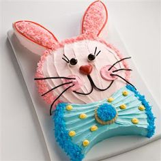easy bunny cake with 2 round cake pans