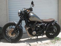 1982 XJ750 Bulldog Brat - Bare Bone Rides
