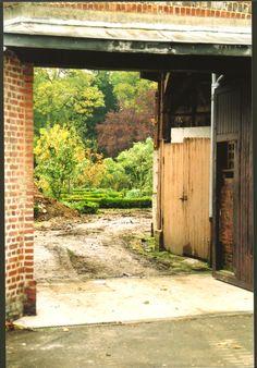Workmen's gate at the Lisieux Carmel open