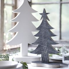 This charming Christmas tree is perfect for adding a festive touch to a mantelpiece, table, bookshelf or window ledge. It is available in two sizes and a choice of finishes – either natural wood or painted a warm off-white with Farrow & Ball's Pointing. Designed by Carol Ridler, the Handcrafted Wood Christmas Collection is inspired by English country life, traditions and the seasons. Each piece is individually drawn, cut and finished by hand, using traditional methods and locally sourced ...