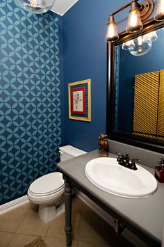 @Living With Lindsay stencils her bathroom to add a fun twist - via MyColortopia.com