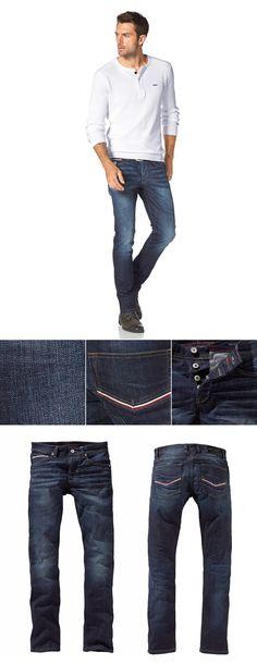 """Schöne Used-Waschung in dark blue, schmaler Schnitt und stylische Details – die """"Ray"""" ist die richtige Wahl für lässige Freizeit-Outfits und den Casual Lookl im Büro."""