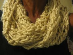 Basic cowl, garther, seed stitch.  This item has been sold.