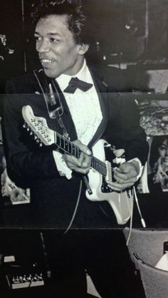 Jimi Hendrix backing Wilson Pickett circa 1965 pre-hippy days haha! #smooth #slick #legend