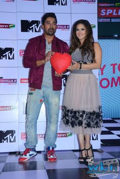 Splitsvilla season 8 was launched by sultry temptress Sunny Leone and dashing 'Roadie' MTV VJ Rannvijay, who will be seen hosting the show together.  Read more: http://www.washingtonbanglaradio.com/content/74986415-sunny-leone-and-rannvijay-launches-mtv-splitsvilla-8#ixzz3fWZiYqDF Via Washington Bangla Radio® Follow us: @tollywood_CCU on Twitter