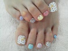 Colorful toe nail polish - so cute