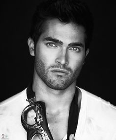 Tyler Hoechlin. i hate to admit but i love the tv show on MTV _ Teen Wolf, and this Alpha is a hottie! :)