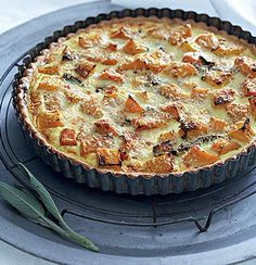 Roast butternut quiche Kos, Vegetarian Recipes, Cooking Recipes, Vegetarian Roast, Healthy Recipes, Low Fat Cream Cheese, Breakfast Specials, Good Food, Yummy Food