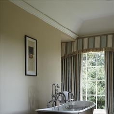 Bathroom in Pointing & String