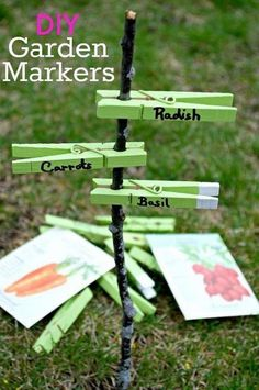 A fun and easy DIY using clothes pins, paint and a Sharpie to make these adorable garden markers for your summer flower or vegetable garden. Next Previous Herb Garden and Garden Darling Garden Markers to Decorate Your Garden -…