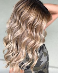 """678 Likes, 18 Comments - Amy (@camouflageandbalayage) on Instagram: """"Does anyone else love Bronde as much as I do? Her hair gives me ALL the feels!"""""""