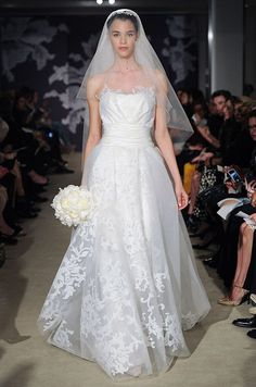 Ball Gown Wedding Dresses : Carolina Herrera Spring 2015