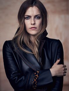 Riley Keough Loves Leather In Nathaniel Goldberg Images For Vogue Australia May 2015 — Anne of Carversville Elvis And Priscilla, Lisa Marie Presley, Elvis Presley, Goldberg Images, Prada, Riley Keough, Tv Icon, Marisa Miller, Sienna Miller