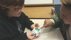 Author on TES: ScienceSpot's cootie catchers
