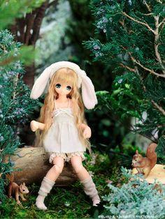 Azone pure neemo doll White bunny