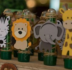 Safari Theme Birthday, Baby Boy 1st Birthday, 1st Boy Birthday, Baby Shower Fruit, Baby Shower Giraffe, Jungle Party, Safari Party, Theme Bapteme, Jungle Decorations