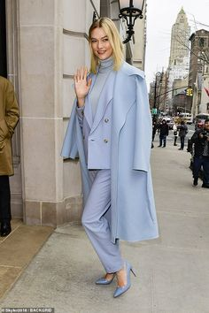 Babe in blue: Karlie Kloss, was dressed to impress outside the Ralph Lauren show at New York Fashion Week on Thursday New Fashion Clothes, New York Fashion, Teen Fashion, Fashion Outfits, Sky Blue Suit, Fashion Show Party, Types Of Coats, Fashion Design Sketches, Trends