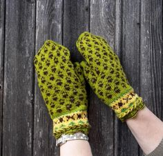 hand knitted green brown wool mittens knit by peonijahandmadeshop, $45.50