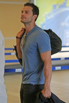 Jamie Dornan Catches a Flight to Prague for Film Festival Christian Grey, Jamie Dornan, Dulcie Dornan, Anastasia Grey, Evolution Of Fashion, Mr Grey, Irish Men, Dakota Johnson, Hairy Men