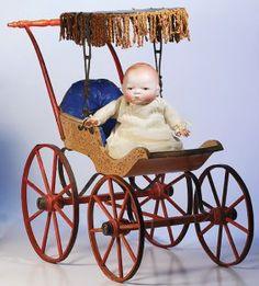 Bye Lo Baby in great carriage Antique Toys, Vintage Toys, Vintage Antiques, Paddington Bear, Dream Baby, Holly Hobbie, Kewpie, Prams, Old Toys