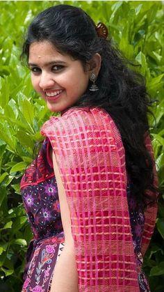 meenambakkam Swastik Packers and Movers in Chennai Beautiful Girl Indian, Beautiful Girl Image, Beautiful Saree, Beautiful Indian Actress, Beautiful Dresses, Beautiful Women, Beauty Full Girl, Beauty Women, Dark Beauty