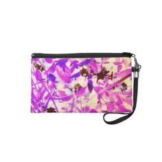 here is my newest clutch, today, floral series clutches, these can be formal or casual..enjoy!