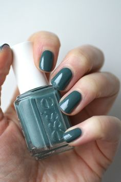 Essie School of Hard Rocks | Essie Envy