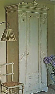 armoirefrenchbook230.jpg (230×392)