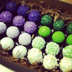 Cake ballers cake balls. Purple and green ombré. www.thecakeballers.com #thecakeballers #ombré #sweet #thecakeballers #cakeballers
