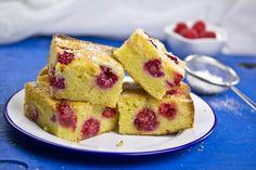 Fehér csokis, málnás süti - Recept | Femina French Toast, Sweets, Snacks, Breakfast, Food, Sweet Pastries, Meal, Goodies, Eten