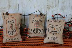 Primitive halloween Pillow tucks/hangers