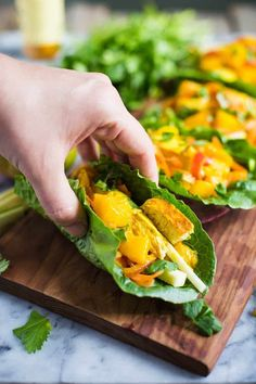 Mango Chicken Lettuce Wraps- this recipe is SUPER easy to make and SO delicious!! They're light and healthy and make for the perfect lunch or dinner.