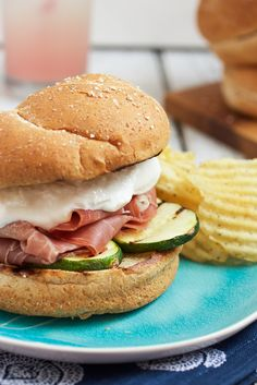 Grilled Zucchini, Prosciutto and Burrata Sandwiches from The Girl In The Little Red Kitchen Dinner Sandwiches, Soup And Sandwich, Wrap Sandwiches, Delicious Sandwiches, Delicious Dinner Recipes, Healthy Recipes, Hot Dogs, Tacos, Sweets