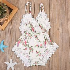 Infant Girl Crochet Trim Floral Jumpsuit. Boho chic is always in season. Material: Cotton, Polyester Gender: Baby Girls Pattern Type: Floral Collar: V-Neck Fit: Fits true to size, take your normal size Item Type: Bodysuits Department Name: Baby