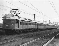 The Boat Train Port Melbourne - Melbourne Flinders Street between 1936 and 1939 (Victorian Railways)