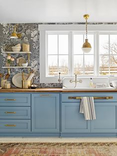 Choose Kitchen Wallpaper with a Twistcountryliving