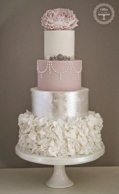 Tartas de boda - Wedding Cake - Silver Leaf & Ruffles cake by Cotton and Crumbs, (Id prefer this in my fave color gold) Elegant Wedding Cakes, Beautiful Wedding Cakes, Gorgeous Cakes, Wedding Cake Designs, Pretty Cakes, Trendy Wedding, Wedding Trends, Wedding Ideas, Best Wedding Cakes