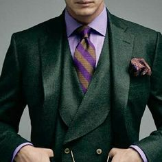 "traje-y-corbata: ""Green and purple are a perfect combination, but would you actually wear this combo? Yes? No? Why? #suit #colorful #pocketsquare #gq #bold #colors #tie #shirt #green #purple #3piece..."