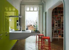 muebles de cocina gabinetes de tilo verde italiano, taburete de barra roja