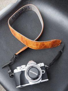 Photo Safari Around Berlin - An Insider Guide Olympus, Smart Watch, Safari, Berlin, Zurich, Personalized Items, Cameras, Om, Board