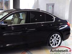 BMW 320 D LUXURY AUTOMATICA Steptronic + Navigatore + Interni in pelle + Fari Bi-xeno + Bluetooth + Keyless'go + Cerchi in lega 18 + Clima bi-zona + Sensori di parcheggio + Radio cd + Comandi al volante + Fendinebbia + IVA ESPOSTA + Unico proprietario + del 2013