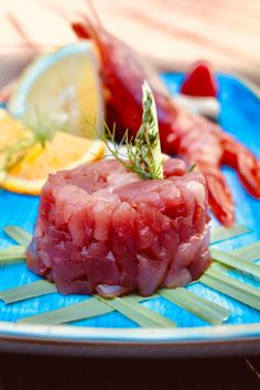 T Hotel: Hotel a Cagliari Watermelon, Fruit, Ethnic Recipes, Food, Essen, Meals, Yemek, Eten