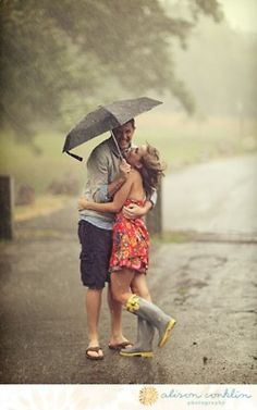 engagement photo shoot in the rain