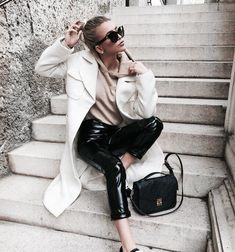 Image about girl in style inspo✨ by The Stylish Brownie White Outfits For Women, Trendy Outfits, Fashion Outfits, Clothes For Women, Fashion Trends, Fall Winter Outfits, Autumn Winter Fashion, Love Fashion, Womens Fashion
