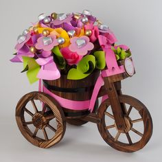 Decorates blooms on bicycle for babies, baby showers and birthdays.