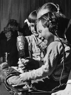 Children Broadcasting WWII